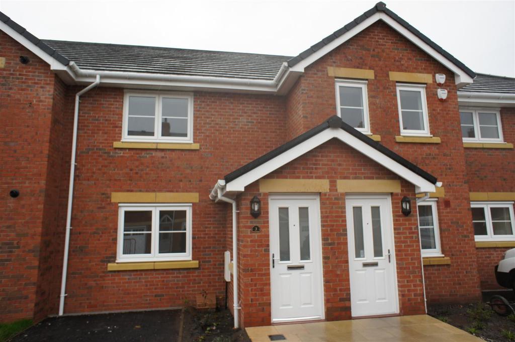 2 Bedrooms Apartment Flat for sale in Bridge Meadow , Sandy Lane, Lymm