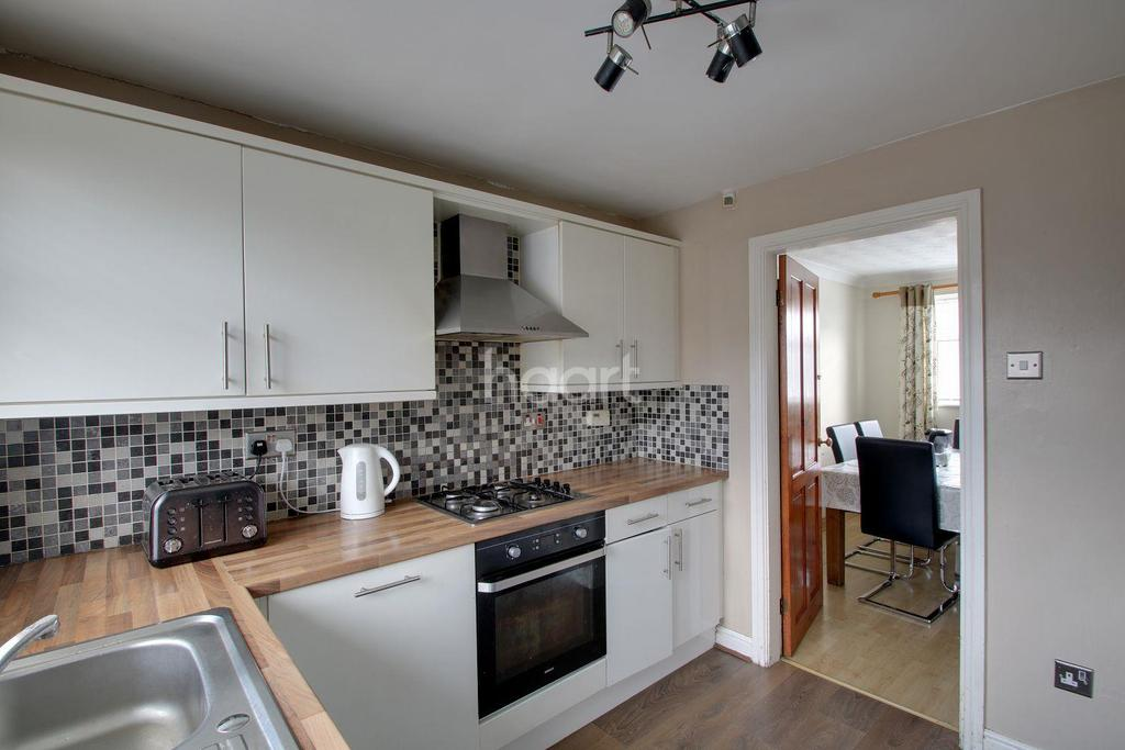 3 Bedrooms Detached House for sale in Mayfair Gardens, Old Basford