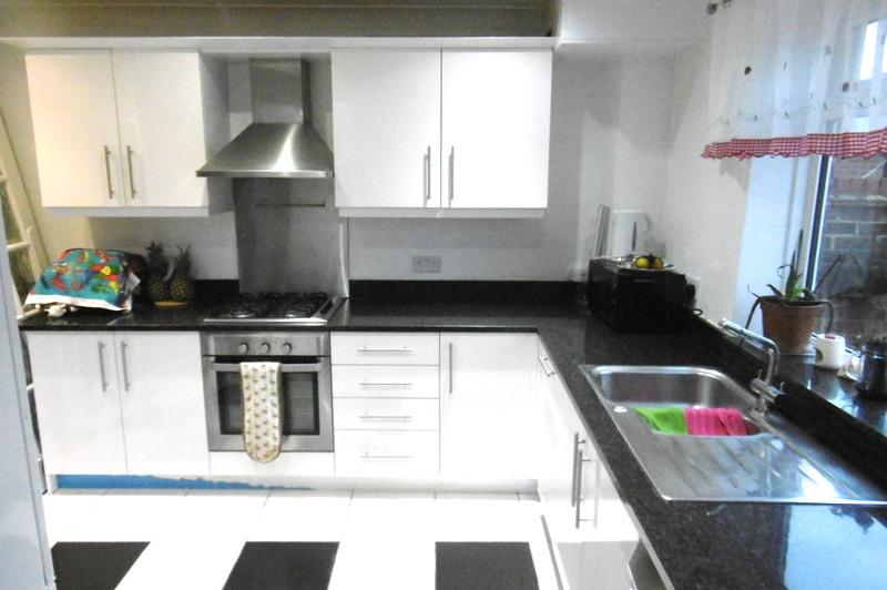 3 Bedrooms House for rent in Owen Road, Hayes