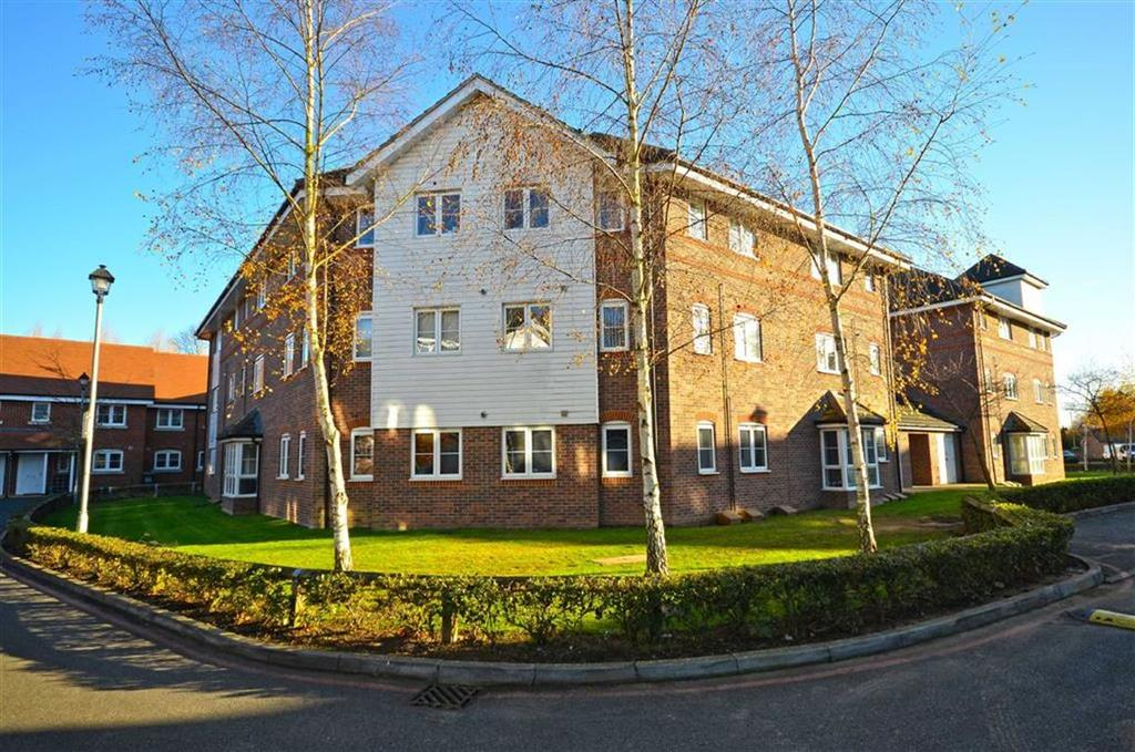 2 Bedrooms Apartment Flat for sale in Wharf Way, Kings Langley, Hertfordshire