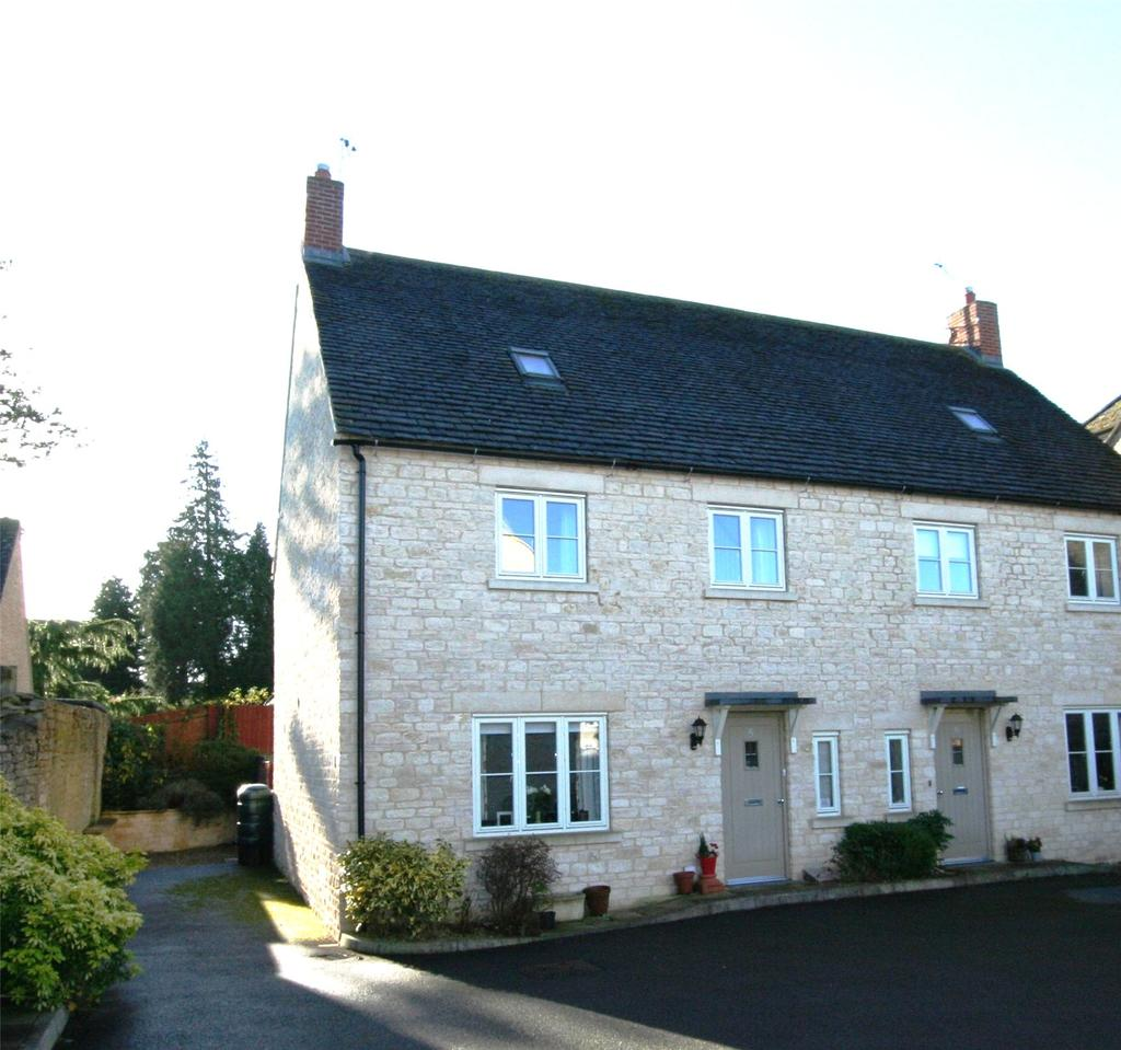 3 Bedrooms Semi Detached House for sale in The Woodbine, Cirencester, Gloucestershire