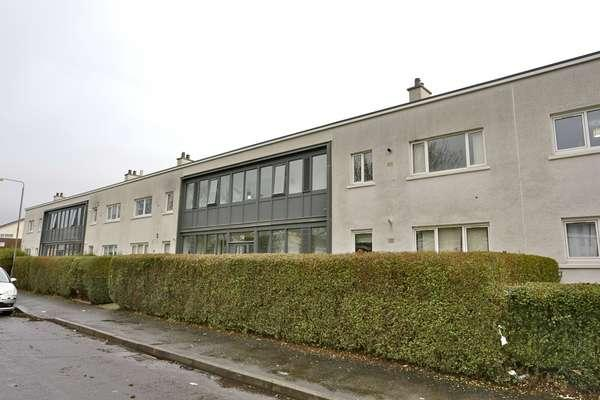 3 Bedrooms Flat for sale in 1/2, 50 Brockburn Road, Pollok, Glasgow, G53 5LB