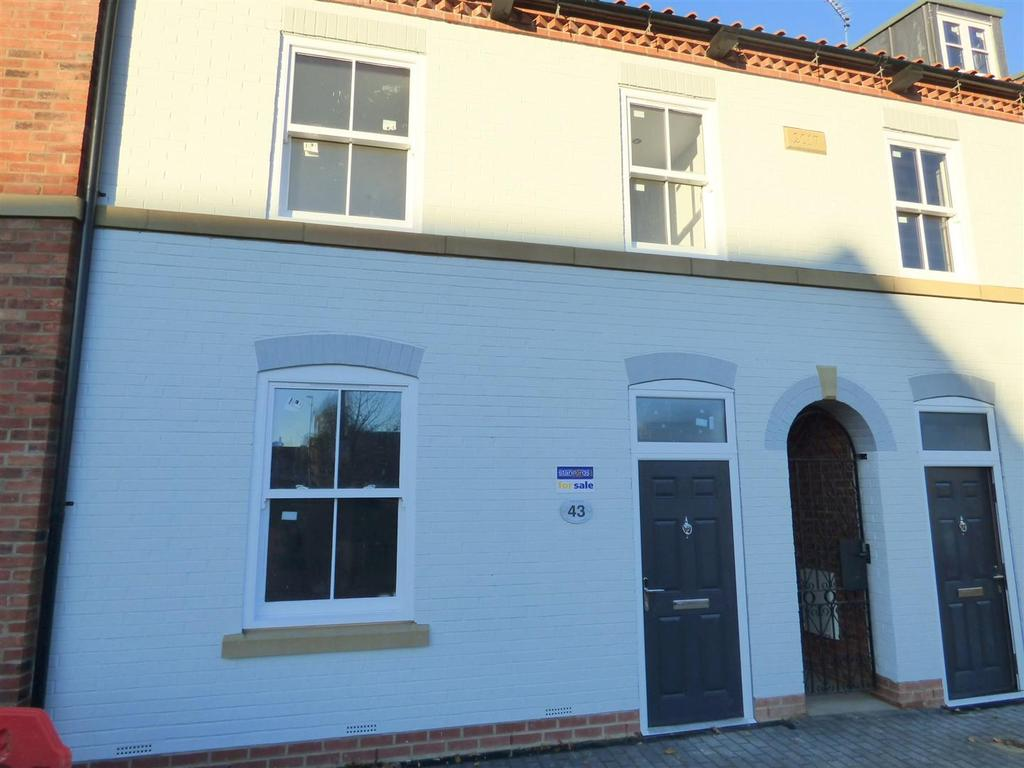 3 Bedrooms Town House for sale in Plot 2, 43 Trinity Lane, Beverley, HU17 0DY