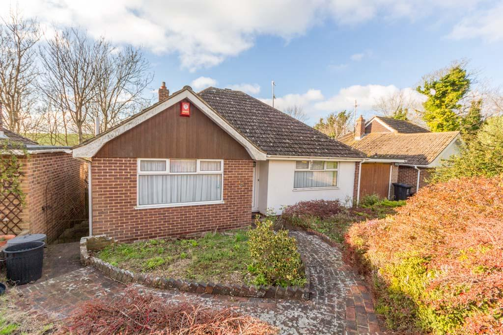 2 Bedrooms Detached Bungalow for sale in Ainsworth Close, Ovingdean, Brighton BN2