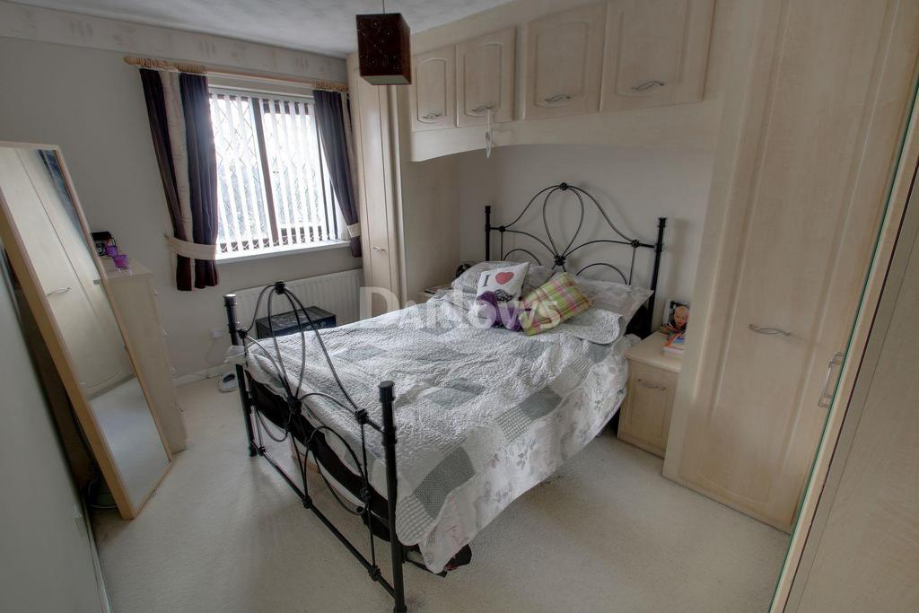 3 Bedrooms Semi Detached House for sale in Aster Close, St Mellons, Cardiff