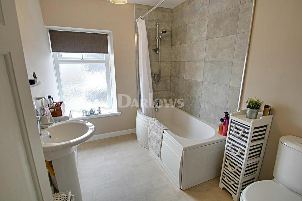 2 Bedrooms Terraced House for sale in Pantygraigwen Road, Pontypridd