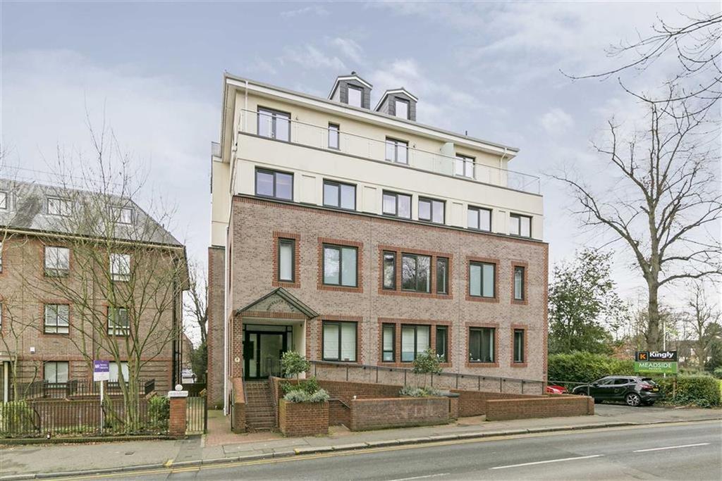 2 Bedrooms Flat for sale in Novellus Court, Epsom, Surrey