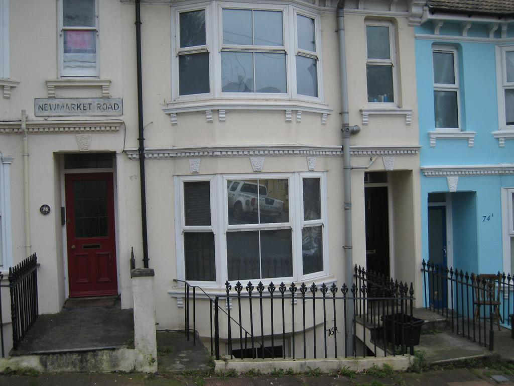 1 Bedroom Flat for sale in Newmarket Road, Brighton BN2