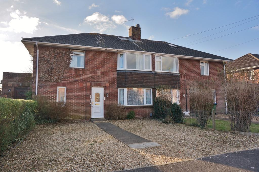 2 Bedrooms Ground Flat for sale in FAREHAM