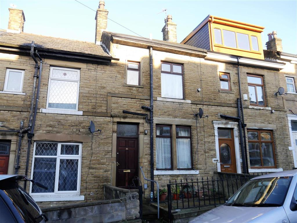 3 Bedrooms House for sale in Waverley Avenue, Great Horton, Bradford, BD7 3HX