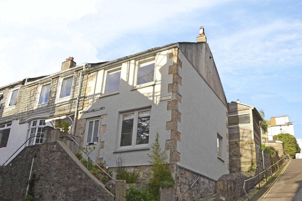 2 Bedrooms Semi Detached House for sale in Centre of St Ives, West Cornwall, TR26