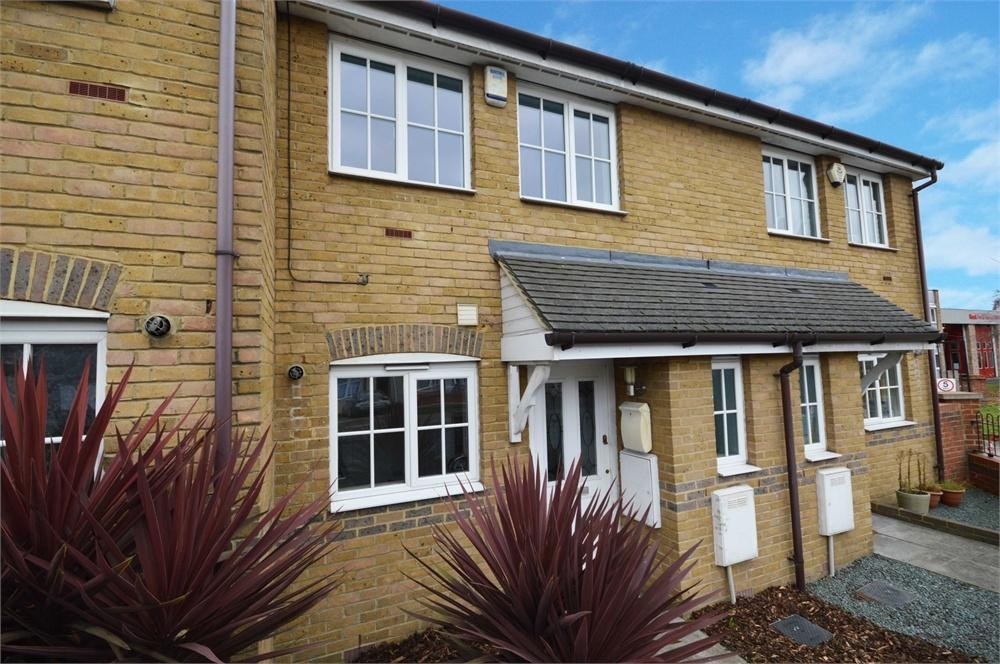 2 Bedrooms Terraced House for sale in Watling Street, Dartford