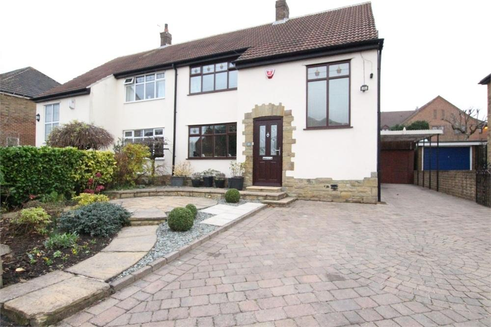3 Bedrooms Semi Detached House for sale in Kingsley Avenue, Birkenshaw, BIRKENSHAW, West Yorkshire