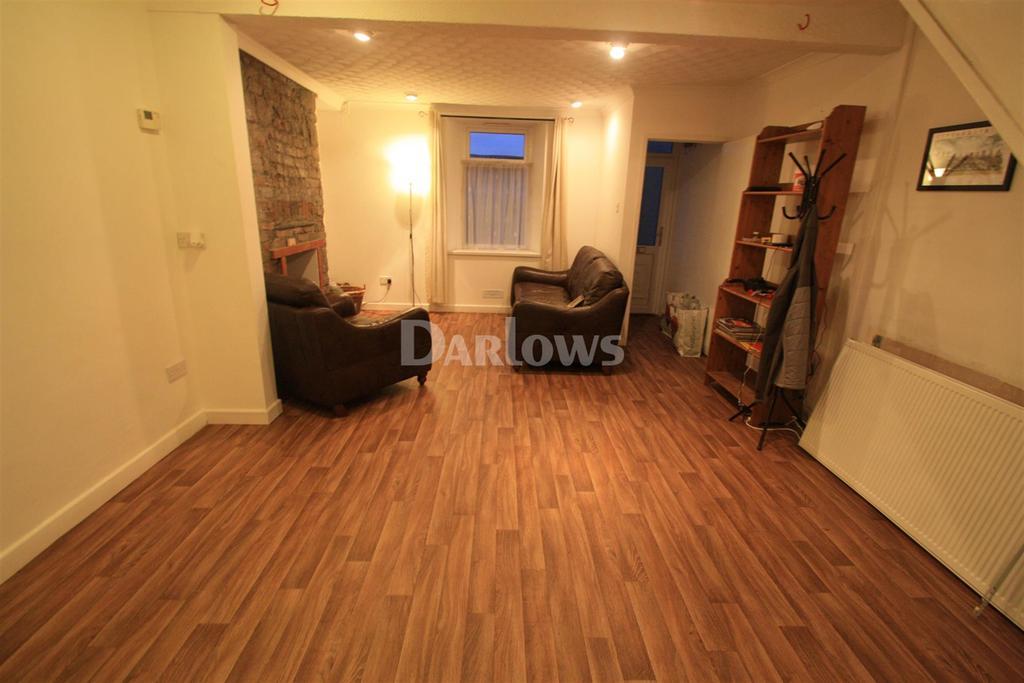 2 Bedrooms Terraced House for rent in Robert Terrace
