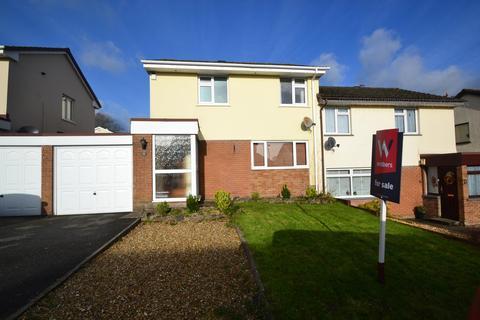 3 bedroom semi-detached house for sale - Castle Hill Gardens, Torrington