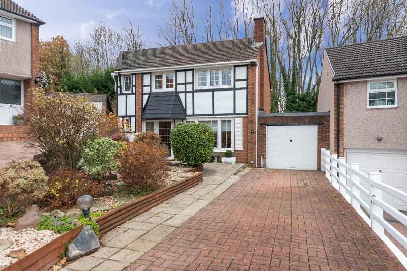4 Bedrooms Detached House for sale in Horrocks Close, Newport, Newport. NP20 6QG