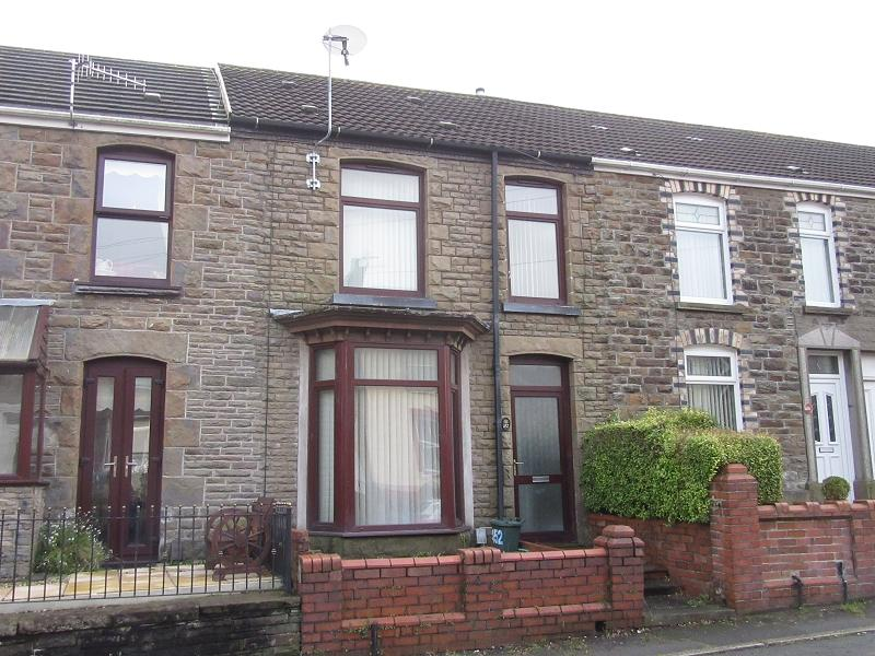 3 Bedrooms Terraced House for rent in Clydach Road, Ynysforgan, Swansea, City And County of Swansea.