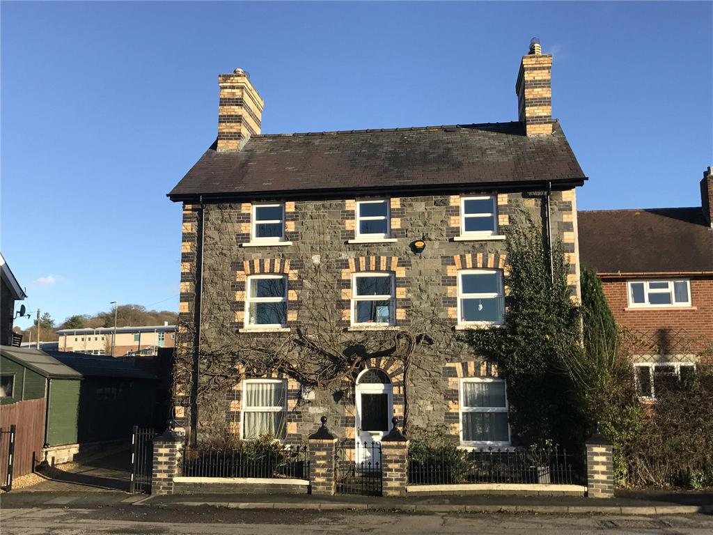 6 Bedrooms Detached House for sale in Tremont Road, Llandrindod Wells, Powys
