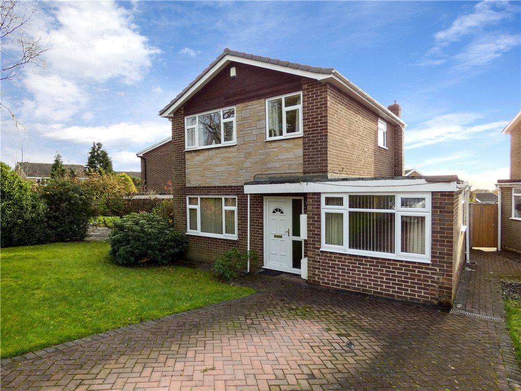 4 Bedrooms Detached House for sale in Westleigh Way, Baildon, West Yorkshire