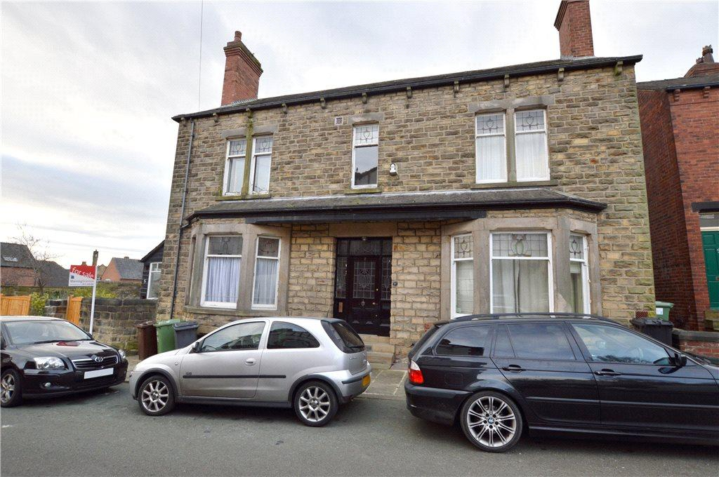 4 Bedrooms Semi Detached House for sale in Hawthorn Road, Chapel Allerton, Leeds