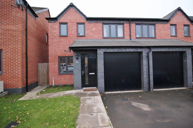 3 Bedrooms Semi Detached House for sale in Columbia Crescent, Wolverhampton