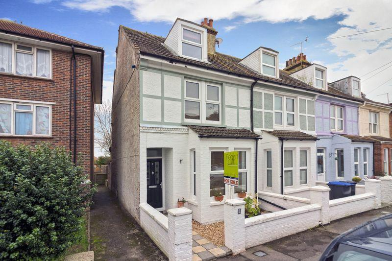 4 Bedrooms End Of Terrace House for sale in Cecil Road, Lancing