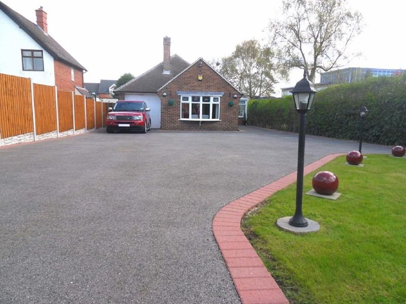 3 Bedrooms Detached Bungalow for sale in Burton Road, Woodville