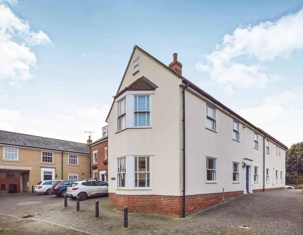 2 Bedrooms Ground Maisonette Flat for rent in Wivenhoe