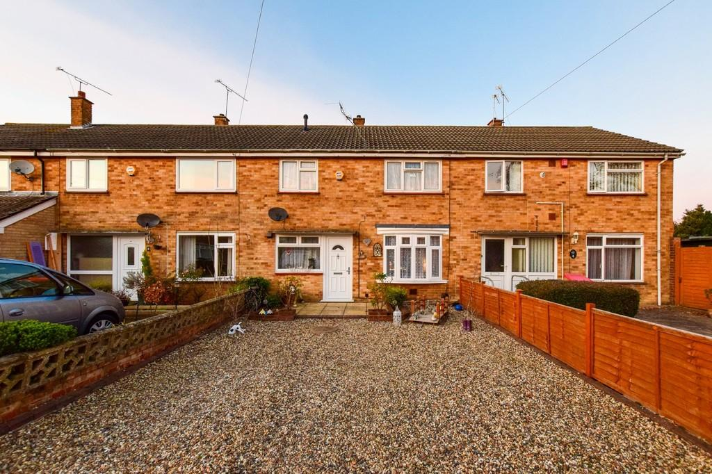 3 Bedrooms Terraced House for sale in Slinfold Walk, Ifield