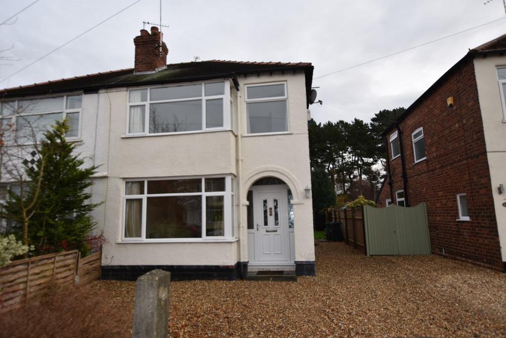 3 Bedrooms Semi Detached House for sale in Upton Drive, Upton