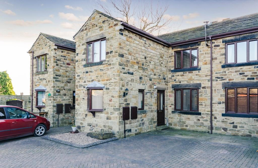 2 Bedrooms Terraced House for sale in Vicar Lane, Ossett