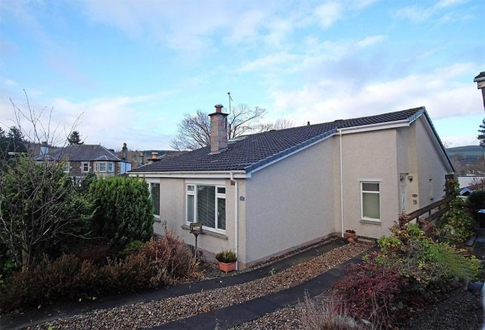 3 Bedrooms Semi Detached House for sale in 30 Edderston Road, Peebles, EH45 9DT