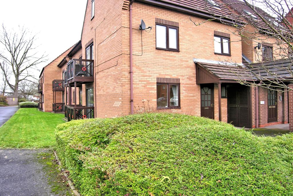 1 Bedroom Apartment Flat for sale in PETER JAMES COURT, ASTON FIELDS, STAFFORD ST16