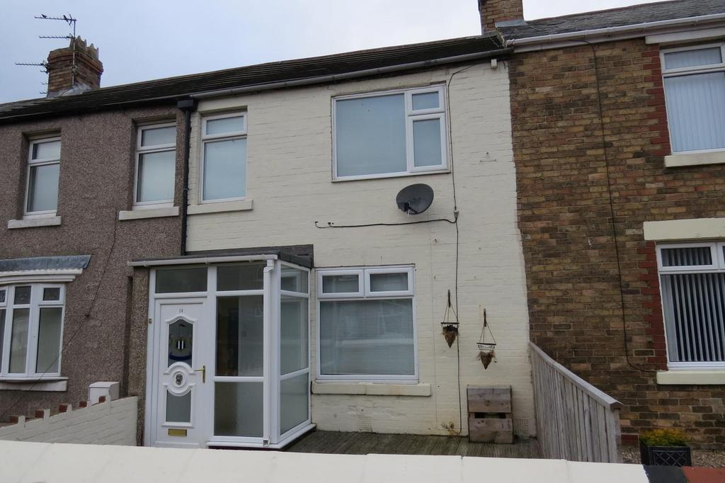 3 Bedrooms Terraced House for sale in Lynwood Avenue, Newbiggin-By-The-Sea