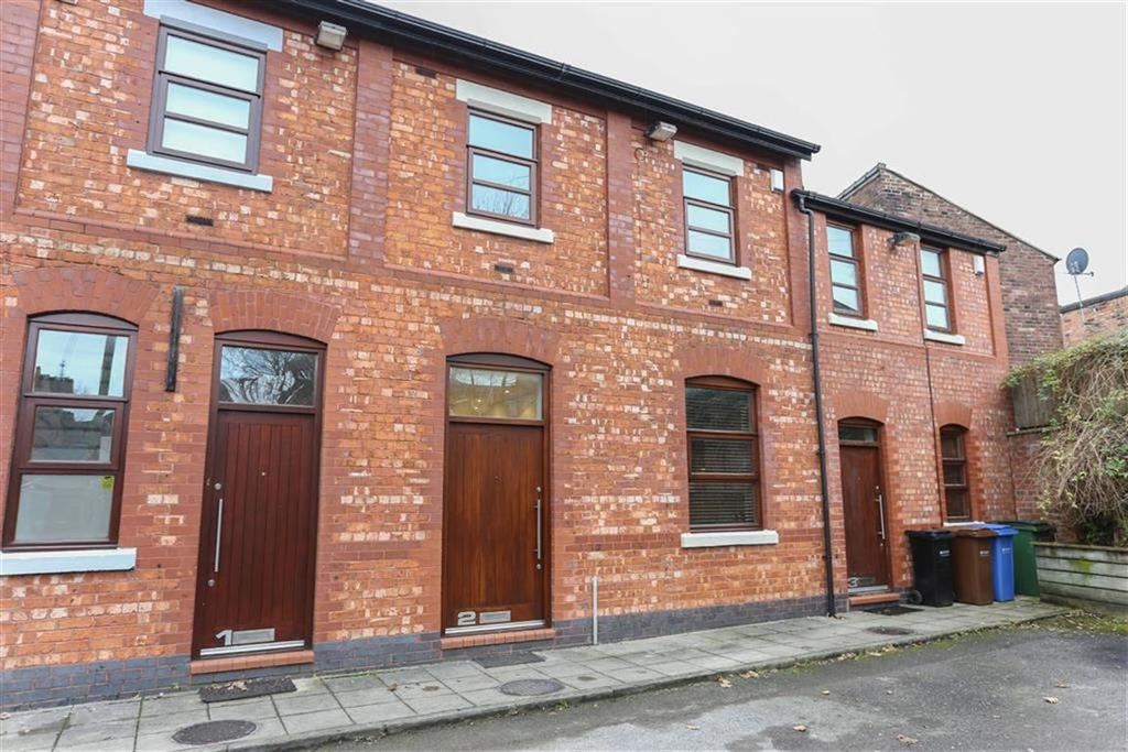 3 Bedrooms Terraced House for sale in Thornton Place, Heaton Moor