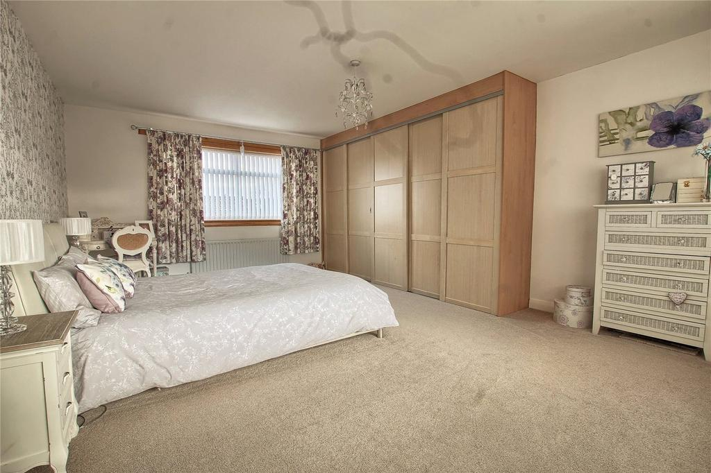 4 Bedrooms Semi Detached House for sale in Broad Close, Stainton