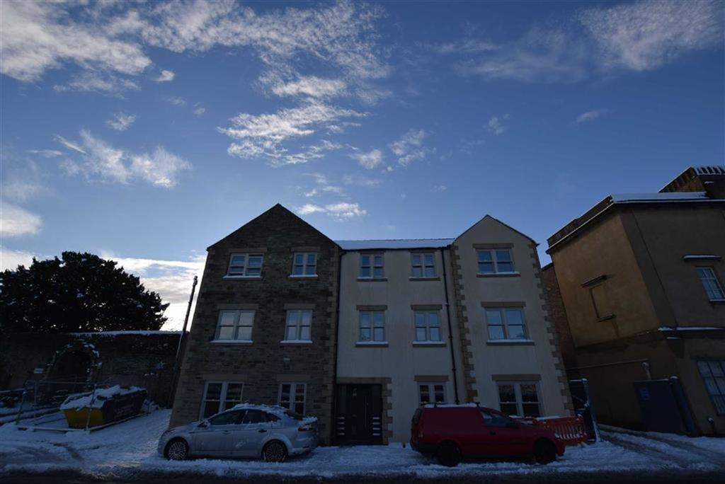2 Bedrooms Flat for rent in Cricketer's Court, Richmond, North Yorkshire