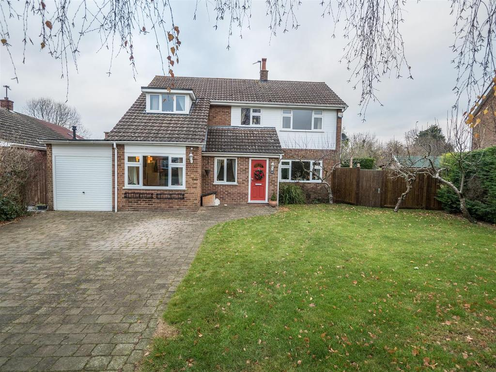 4 Bedrooms Detached House for sale in Hampson Way, Bearsted, Maidstone