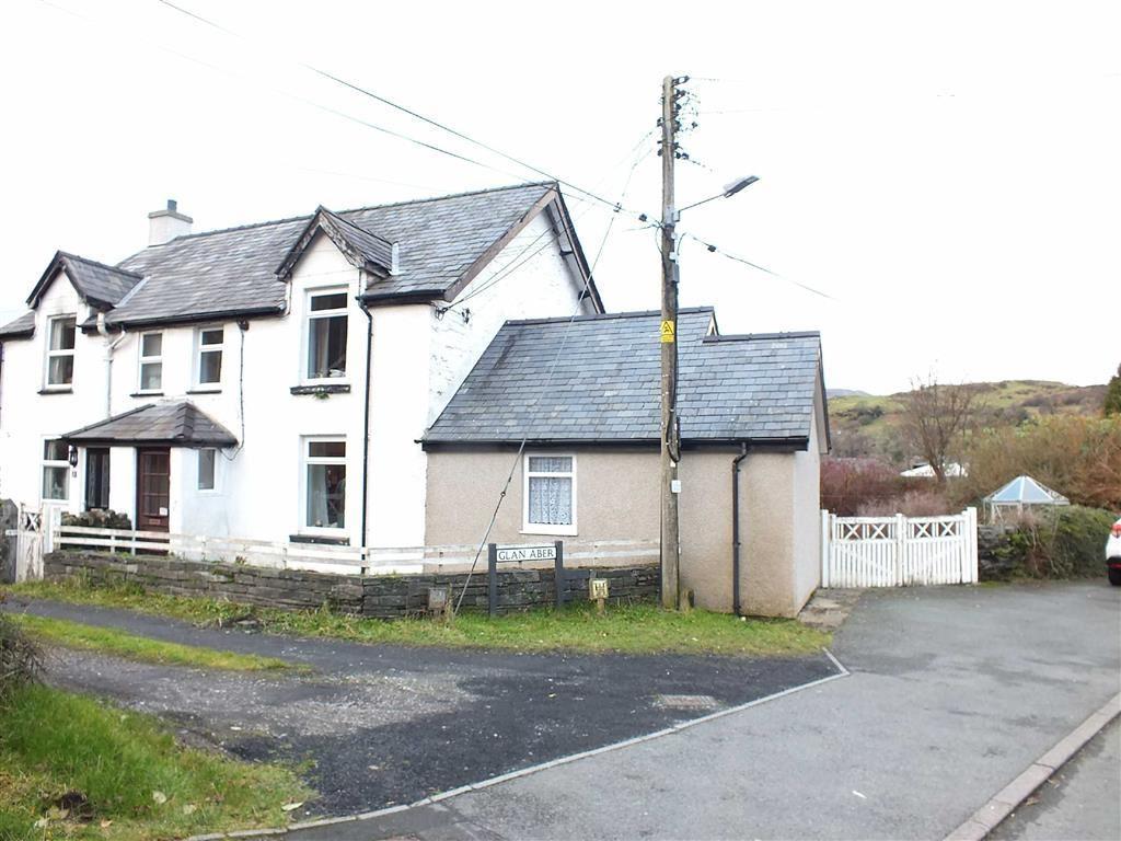 3 Bedrooms Semi Detached House for sale in Glan Aber, Dolwyddelan