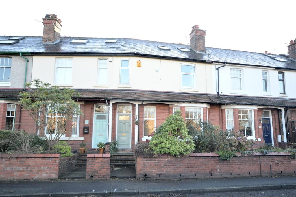 4 Bedrooms Terraced House for sale in Ellesmere Road, Walton, Warrington