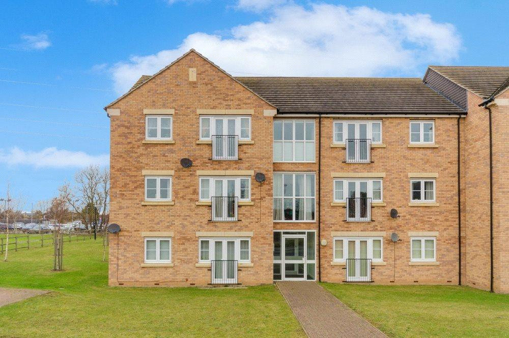 2 Bedrooms Flat for sale in Falcon Court, Falcon Way, Bourne, PE10