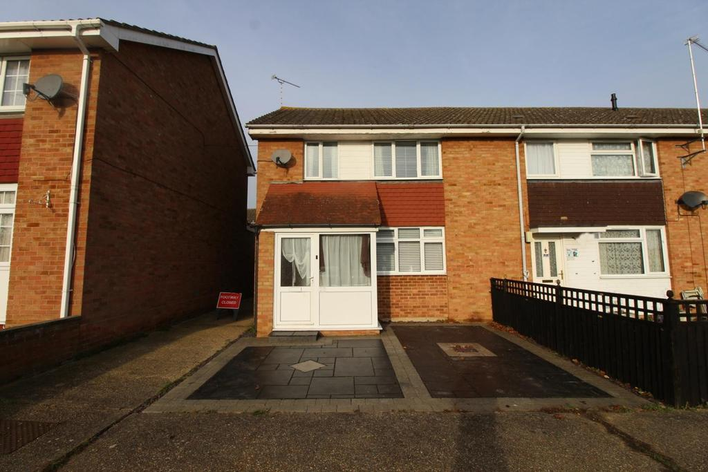 3 Bedrooms End Of Terrace House for sale in Boydin Close, Witham, Essex, CM8