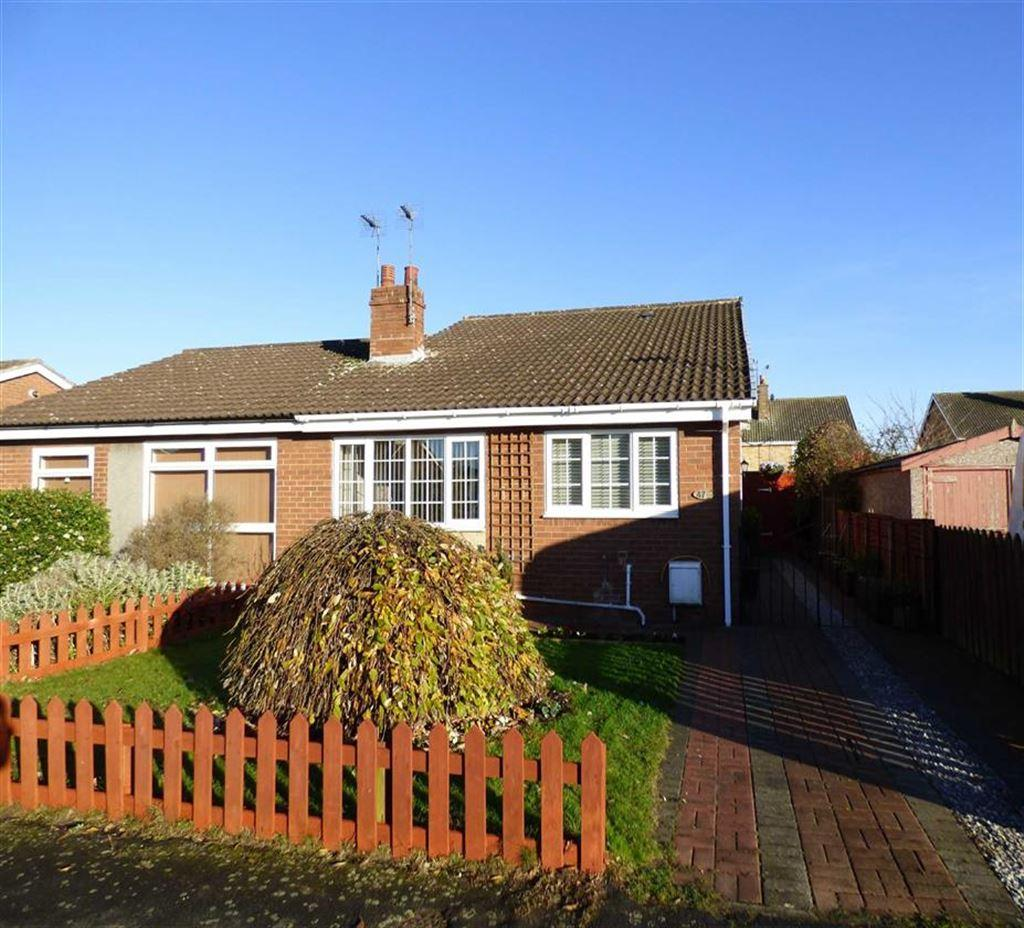 3 Bedrooms Semi Detached Bungalow for sale in Bellasize Park, Gilberdyke
