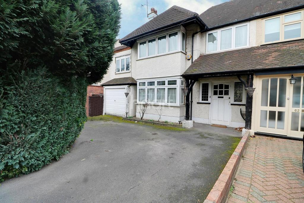 4 Bedrooms Semi Detached House for sale in Kings Avenue