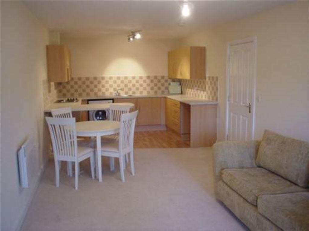 2 Bedrooms Flat for rent in Dunsley House, Pickering Court, 892 Hessle Road, Hull