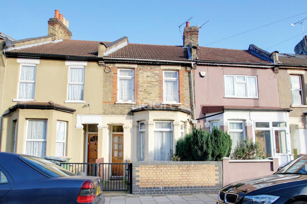 3 Bedrooms Terraced House for sale in London Road, Plaistow
