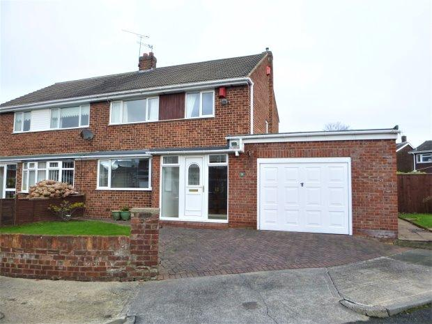 3 Bedrooms Semi Detached House for sale in LUMLEY COURT, EAST HERRINGTON, SUNDERLAND SOUTH