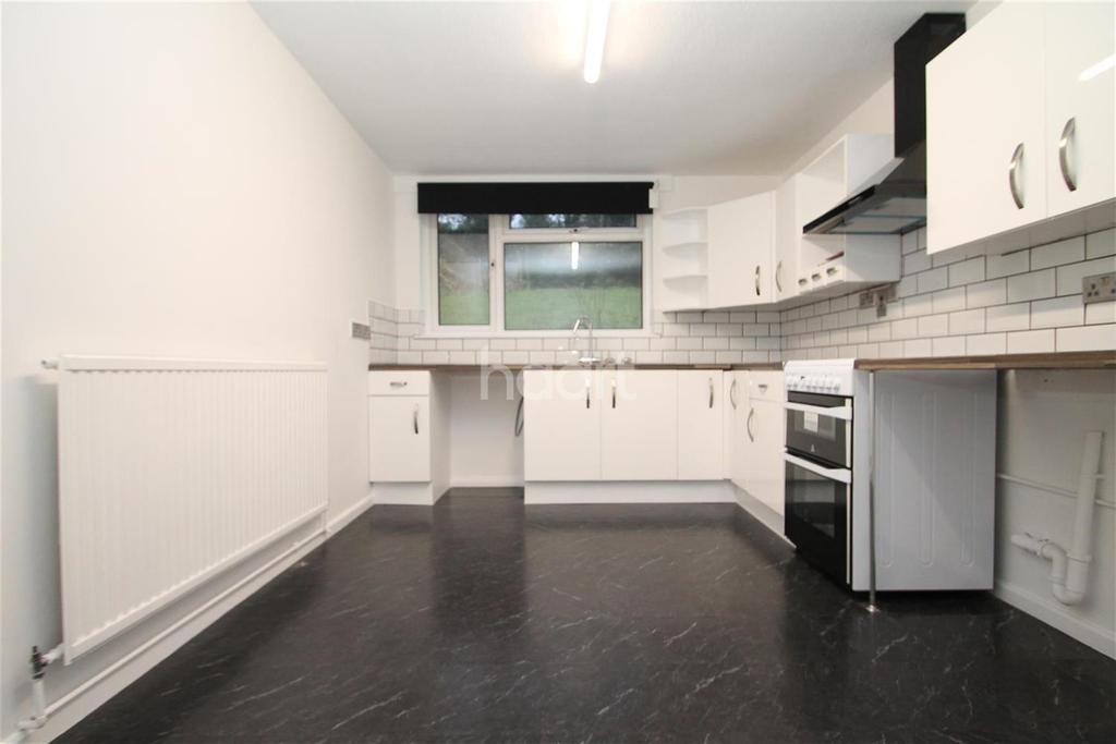 3 Bedrooms End Of Terrace House for rent in Norheads Lane, TN16