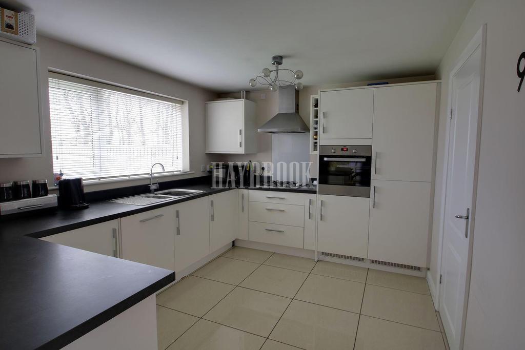 4 Bedrooms Detached House for sale in Grosvenor Walk, Barnsley
