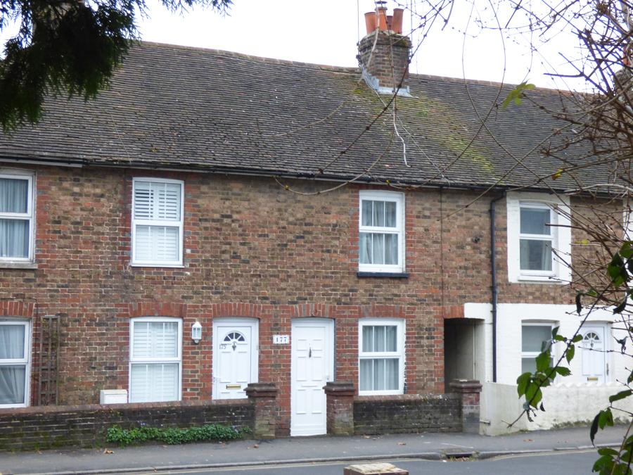 1 Bedroom House for sale in Lower Church Road, Burgess Hill, RH15